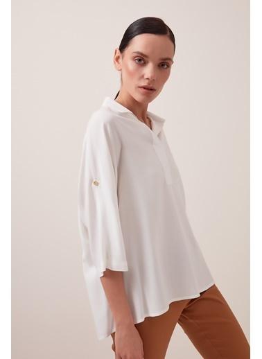 Gusto Patlı Yakalı Viskon Bluz - Beyaz Patlı Yakalı Viskon Bluz - Beyaz Beyaz